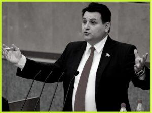 Известные банкроты-россияне - михеев
